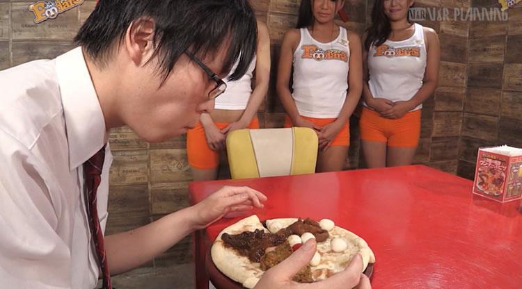 脱糞レストランで豪快に食糞と飲尿を堪能!スカトロマニア絶賛の逸品