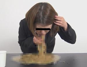 ゲロを吐く女を盗撮 あらゆる場所で吐瀉物を撒き散らす嘔吐動画
