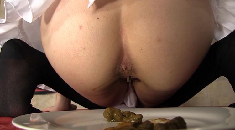 食糞と飲尿を楽しめる脱糞レストラン2